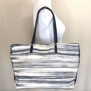 Trina Turk Bungalow Easy Tote in Gray